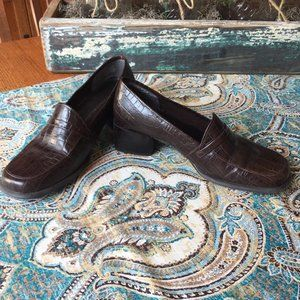 Pick 4 $12 items for $25 Leather Penny Loafer Sz 5